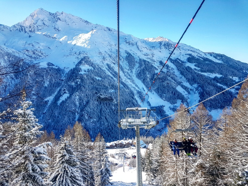 Ski lift in the French Alps - Travel Jobs - 5 Ways To See The World And Earn Money