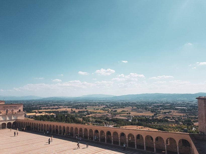 Assisi_umbria_italy_hoopla_adventures_2019