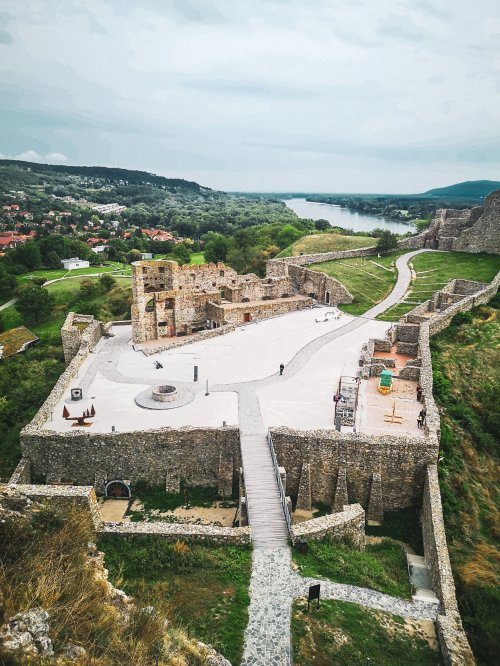 Devin_Castle_Bratislava_Hoopla_Adventures_City_Card_Guide_Slovakia_2019_lrm_export_17097341848429_20191008_1121388275340494058353192707.jpeg